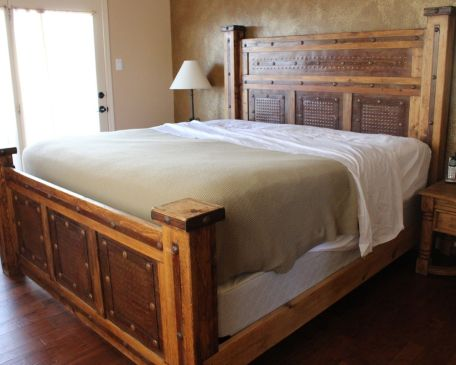 Adorn Your Space With Rustic Bedroom Furniture The Furniture Blog